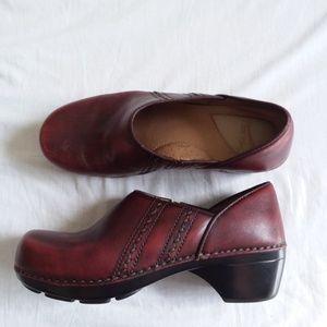 Dansko Red Leather Clogs  Women's 39 8.5
